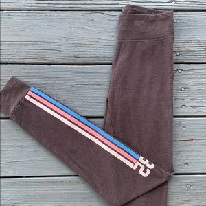Grey leggings with side detail